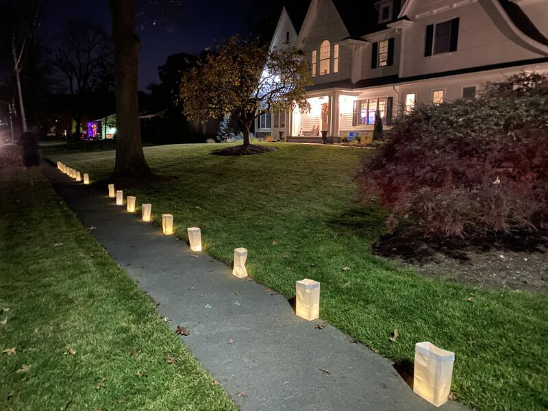Coolidge Shines Bright luminaries